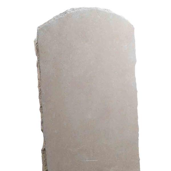 Stèle pierre arrondie, ocre