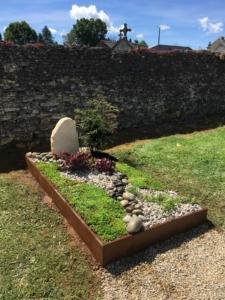 Monument funéraire végétale