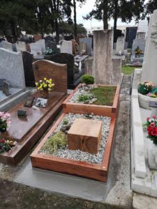 Un monument funéraire originale