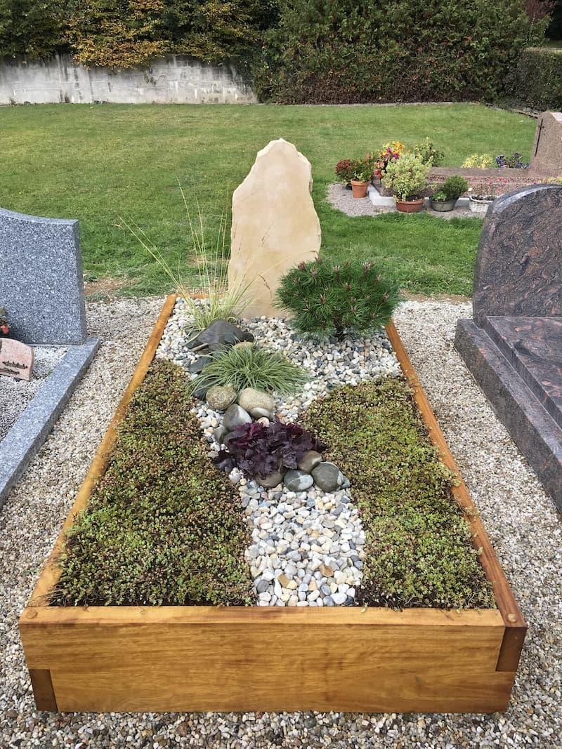 Monument funéraire paysager